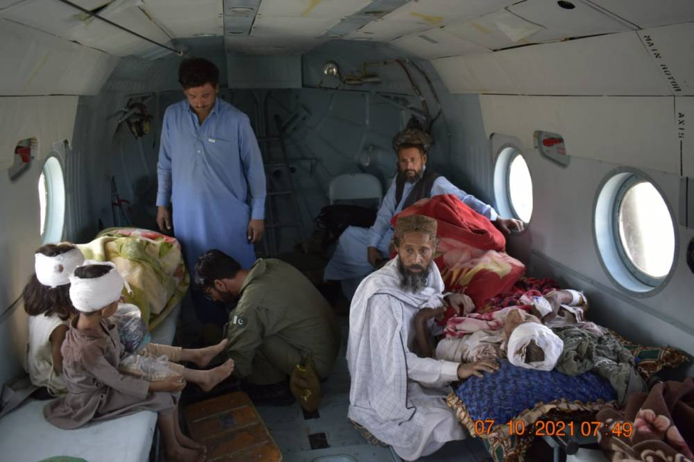 Rescue & Relief operation is underway after devastating Earthquake in Balochistan. Army's special Rescue & Relief team being airlifted to Quetta & Hurnai.   Spokesperson NDMA
